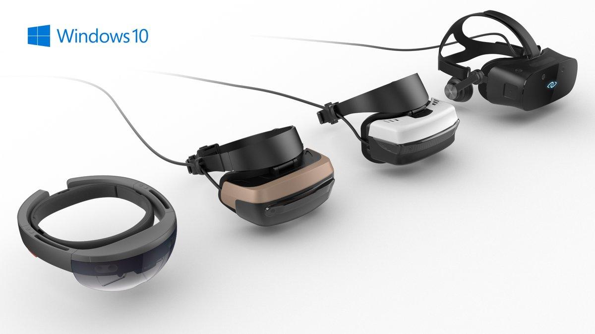 Устройства виртуальной реальности // twimg.com
